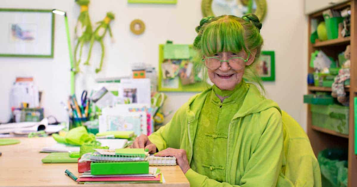 Meet the Green Lady, an artist who dresses entirely in green – and even dyes her hair to match - my positive outlooks