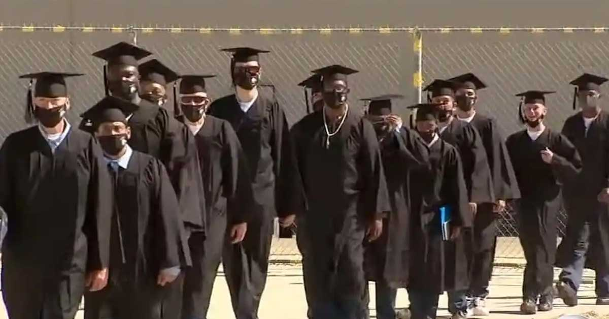 Inmates at California prison receive their bachelor's degrees through a special program - my positive outlooks